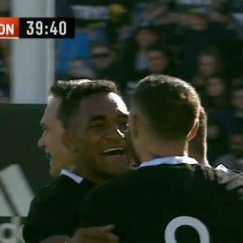 All Blacks deflagranti, Tonga demolita 92-7